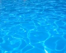 Niente mare? A Roma puoi organizzare le tue feste in piscina!
