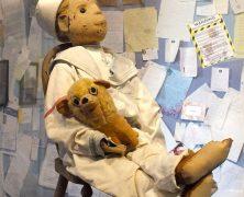 Robert the Doll e Annabelle: bambole maledette e musei dell'orrore