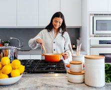 Consigli fighi per fare cose in casa (ed evitare assembramenti)